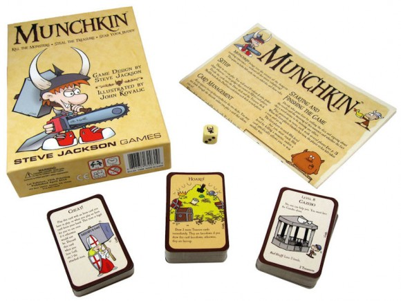 Munchkin-box-and-contents-580x435
