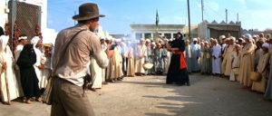 """Raiders sadece iyi bir film değil, aynı zamanda """"Neden tabanca taşıyan insanlara atarlanmamalıyız?"""" konulu bir kamu spotu."""